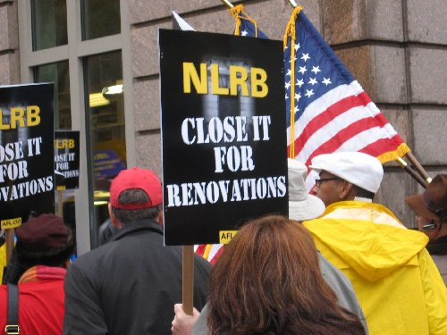 NLRB picketing